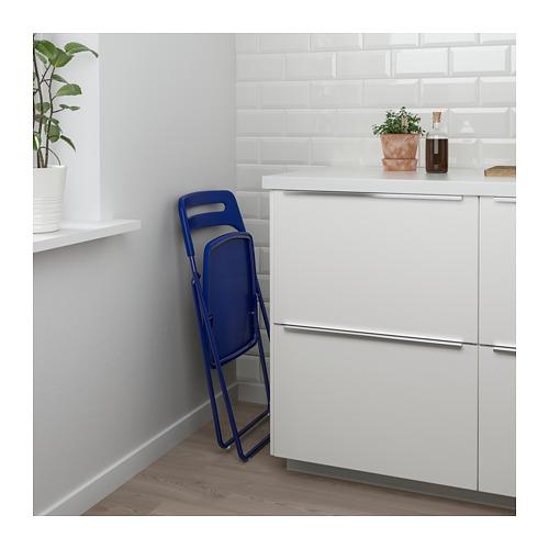 MELLTORP/NISSE galds un 2 saliekami krēsli