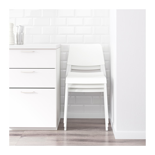 MELLTORP/TEODORES galds un 2 krēsli