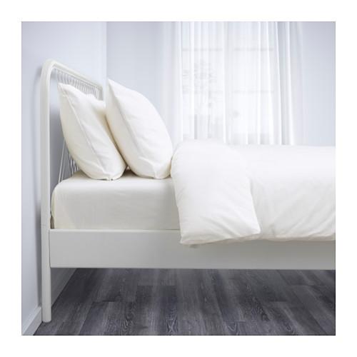 NESTTUN gultas rāmis