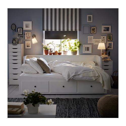 HEMNES gulta ar 3 atvilktnēm un 2 matr.