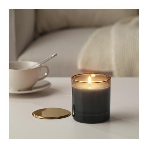 NJUTNING kvapioji žvakė stikl. indelyje