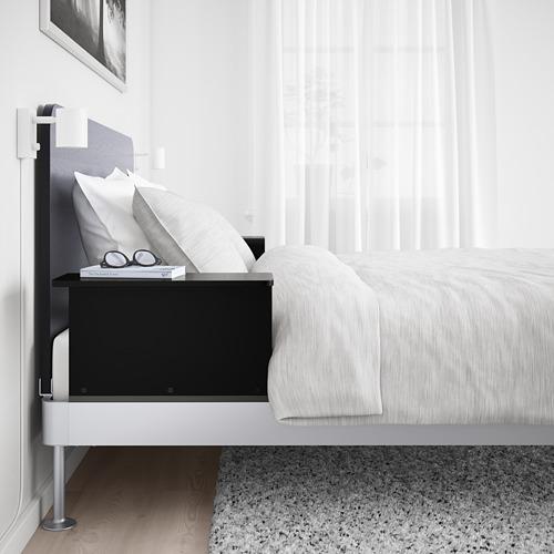 DELAKTIG lov. rėmas, galvūgalis, 2 staliukai