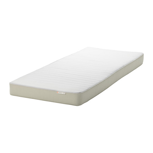 FLEKKE gulta ar 2 atvilktnēm un 2 matr.
