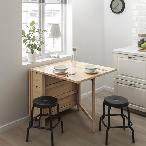 NORDEN/RÅSKOG galds un 2 taburetes
