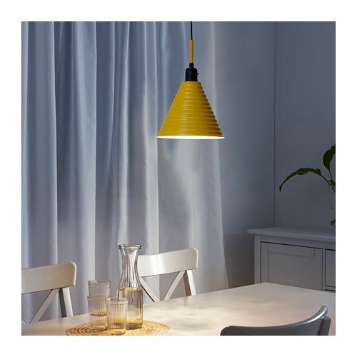 FÄRGSTARK iekaramā griestu lampa
