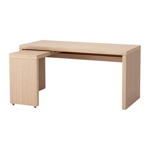 MALM raš. stalas su ištraukiama plokšte
