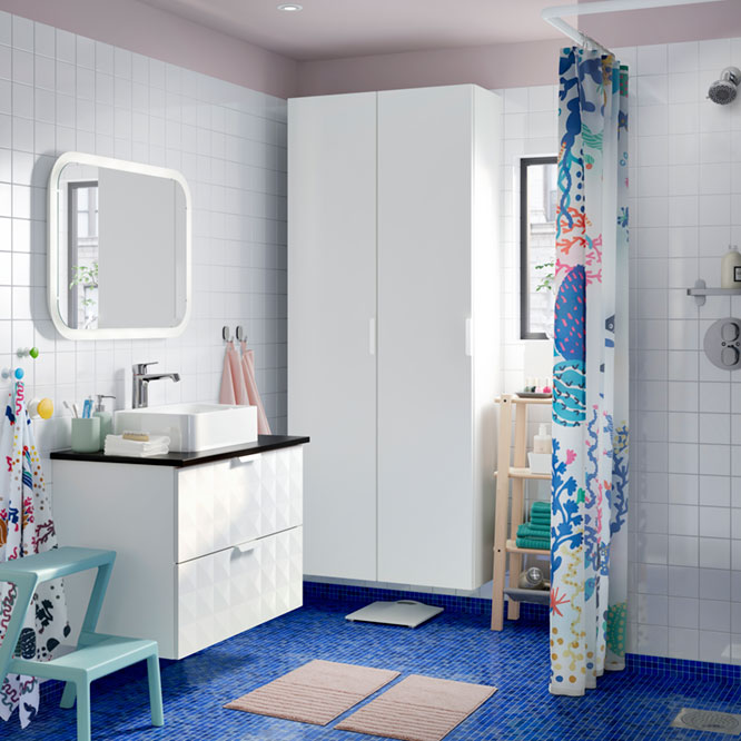 A bathroom for family with kids