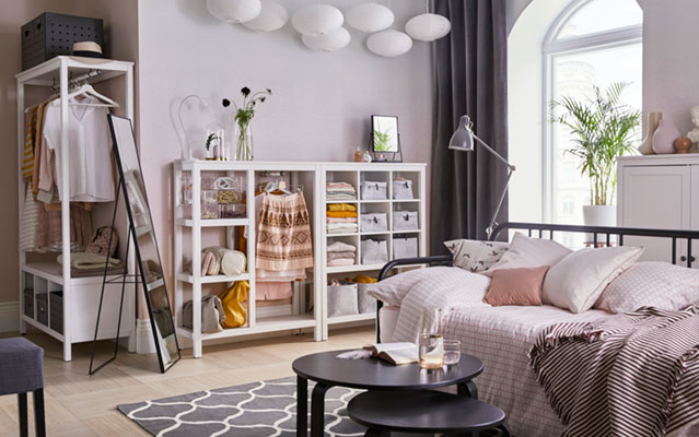 A charming one-room apartment for a student
