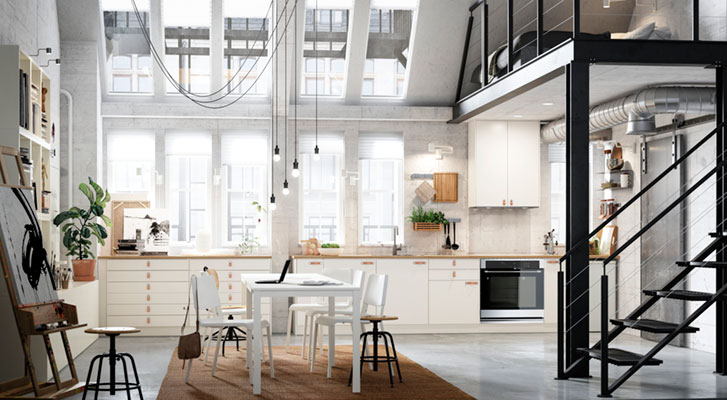 Gaminti įkvepianti virtuvė lofte