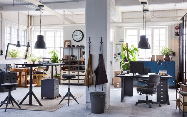 Two in one: an office and a workshop