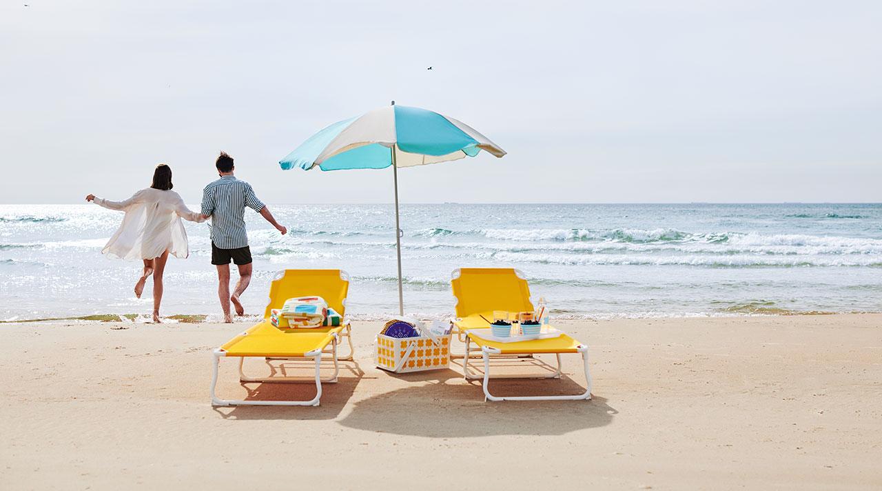 Ceļojums uz pludmali. Nedēļas nogale pie jūras