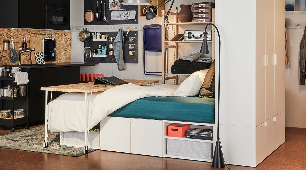 Sleep and work balance in one-room apartment